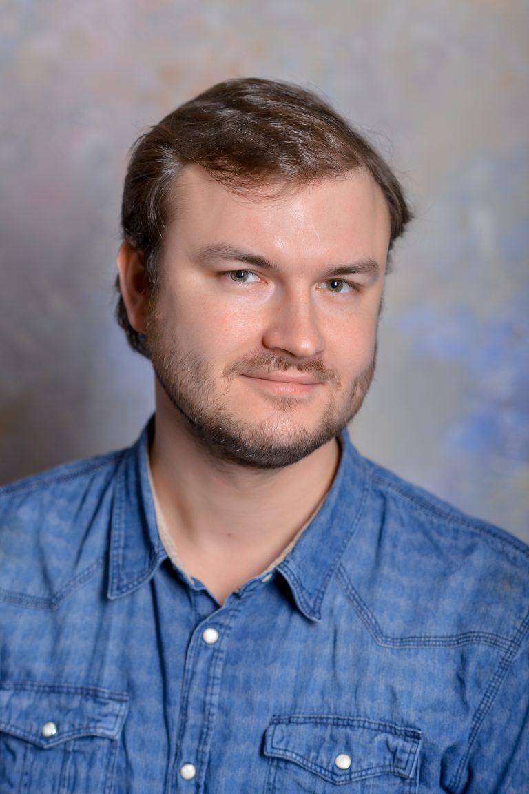 Игорь Коротаев